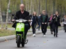 Vlotte testrit Go scooter in Eindhoven na moeizame start