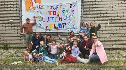 """Ouders van 62 kinderen misnoegd over sluiting basisschool in Uitkerke: """"We zijn net in volle bloei"""""""