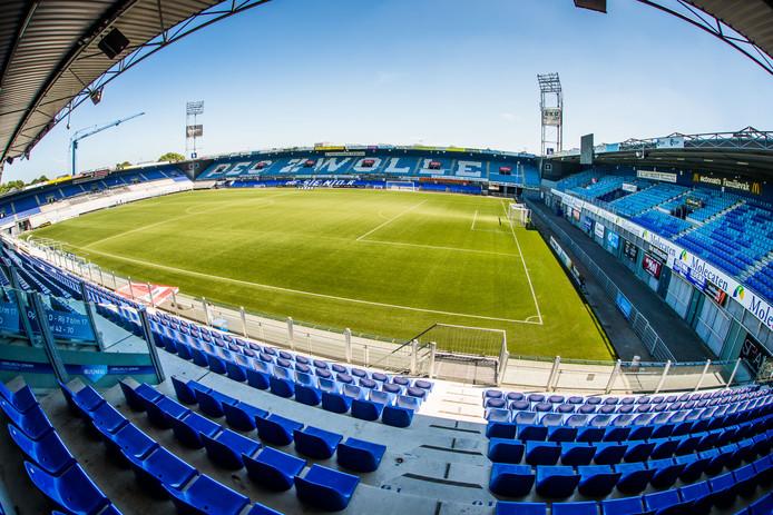IJsseldelta Stadion van PEC Zwolle.