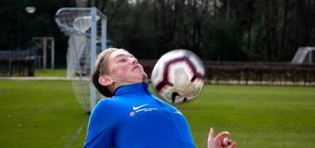 Na drie niertransplantaties voetbalt Jimmy (19) uit Rooi nu op de 'Spelen'