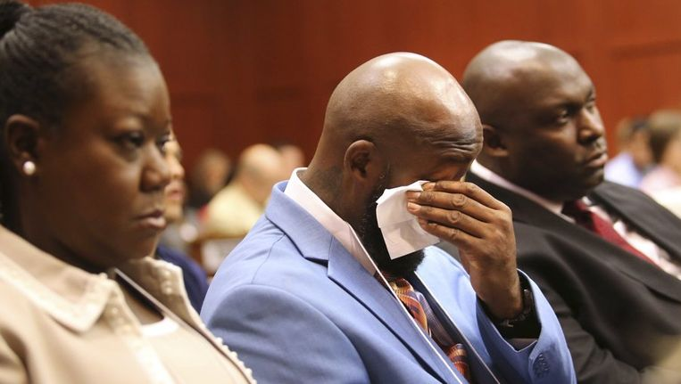 Tracy Martin, de vader van Trayvon Martin, tijdens de rechtszaak. Beeld reuters
