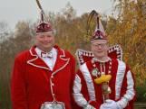 Vader en zoon concurrenten tijdens de Zevenaarse carnaval