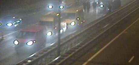 Meer dan een uur vertraging op A1 tussen Apeldoorn en Amersfoort: 'Omrijden'