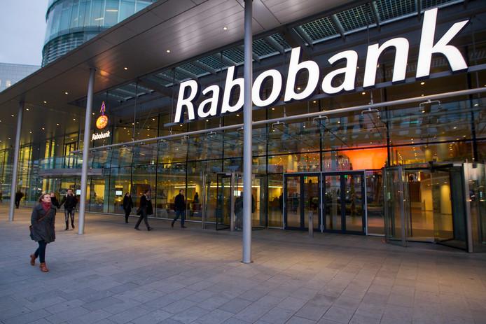 De Rabobank laat weten dat de smsjes niet van hen afkomstig zijn.