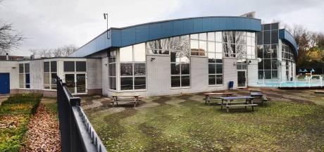 Gemeente wil 'korter op zwembad zitten'