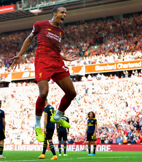 Liverpool laat Arsenal kansloos en blijft zonder puntenverlies