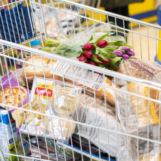 Van elke euro die je in de supermarkt besteedt, komt slechts 8 cent bij arbeiders in ontwikkelingslanden terecht