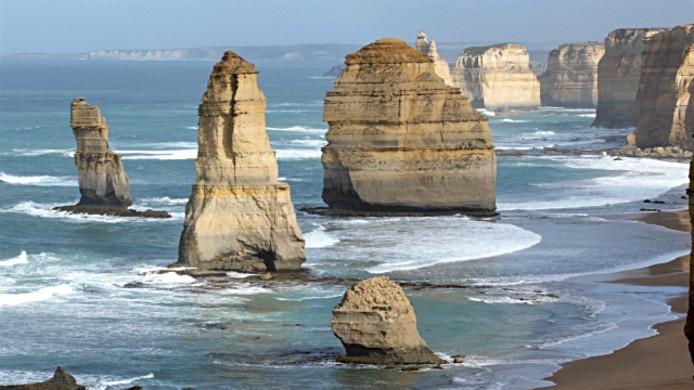 The Twelve Apostles, Victoria Australia 4K real-time and time lapse 4K footage