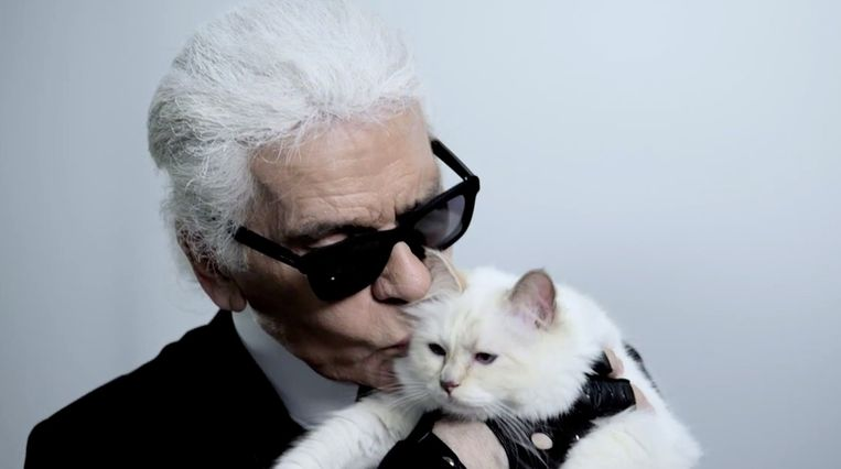 Karl Lagerfeld met kat Choupette