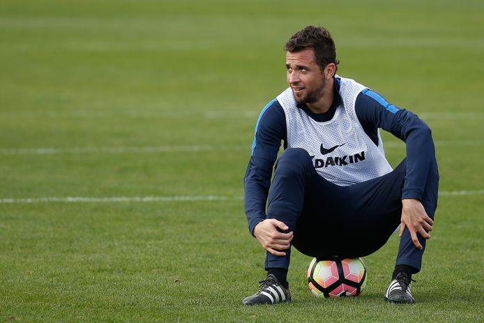 Claudemir in een trainingsoutfit bij Club Brugge.