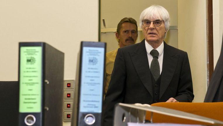 Bernie Ecclestone trad destijds op als getuige bij het proces tegen de Duitse bankier Gribkowsky. Beeld reuters