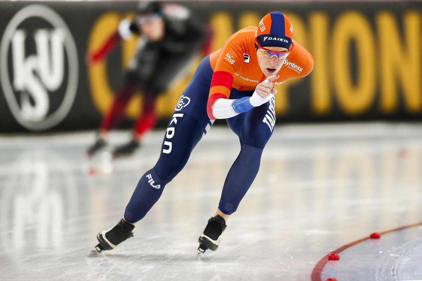 Wüst op de 5000 meter in actie tegen Blondin.