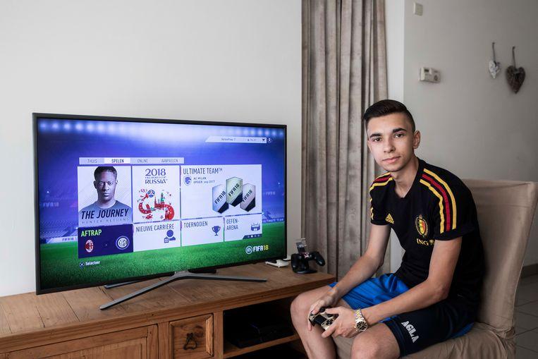 Stefano Pinna (20jaar) zal geen wereldkampioen FIFA worden.