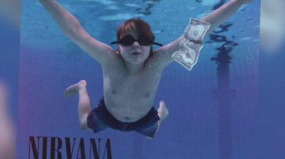 12-jarige Warre springt in stedelijk zwembad om voor Studio Brussel Nirvana-hoes na te maken