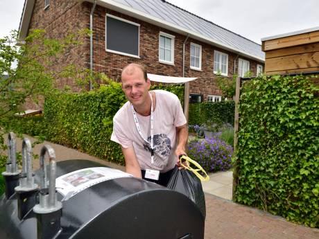 'Stinkende container jaagt ons de tuin uit'