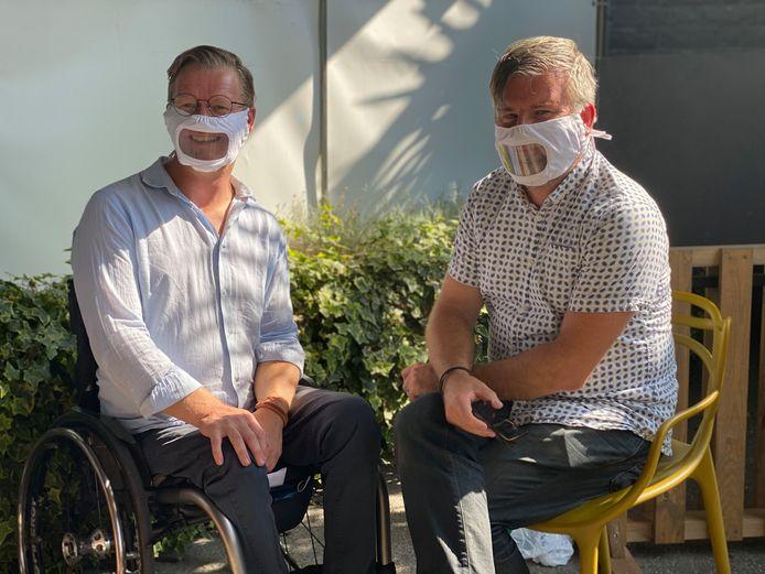 Links de nieuwe toegankelijkheidsambtenaar Steven Pauwels en rechts zijn collega Bart Vermandere.