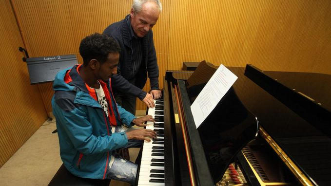 Jaar gratis muziekles voor vluchtelingen