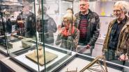 """25 kunstenaars laten… pollepels veilen in Viva Sara, opbrengst naar kinderen in armoede: """"Zelfs topschilder Borremans doet na 100 keer bellen mee"""""""