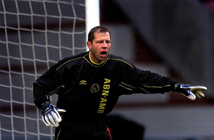 Fred Grim in het doel van Ajax tijdens de verloren thuiswedstrijd tegen RKC in 1999.