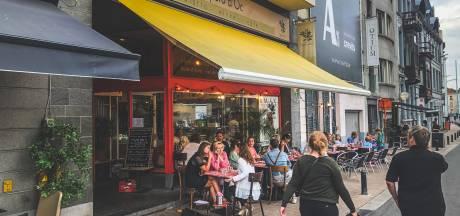 Bewoners Ajuinlei mogen gratis naar de opera omdat het verhaal van 'Der Schmied von Gent' in hun straat begint
