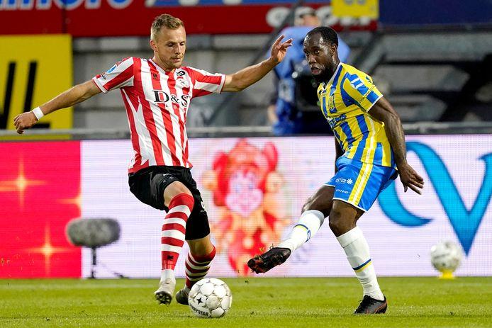 Vurnon Anita speelt de rest van het seizoen bij RKC Waalwijk als hij maandag wordt goedgekeurd.