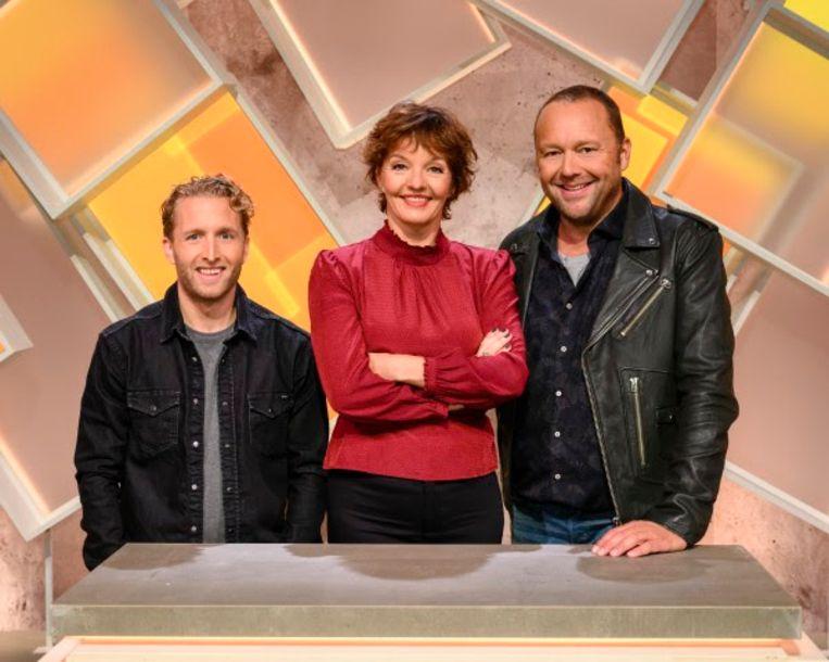 Presentatrice Sanne Wallis de Vries en teamcaptains Peter Pannekoek en Richard Groenendijk.