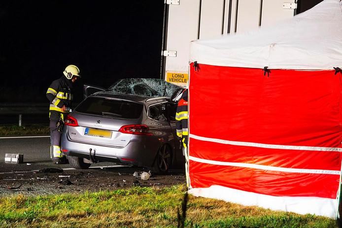 Een man uit Ede is overleden bij een ongeval op de A50.