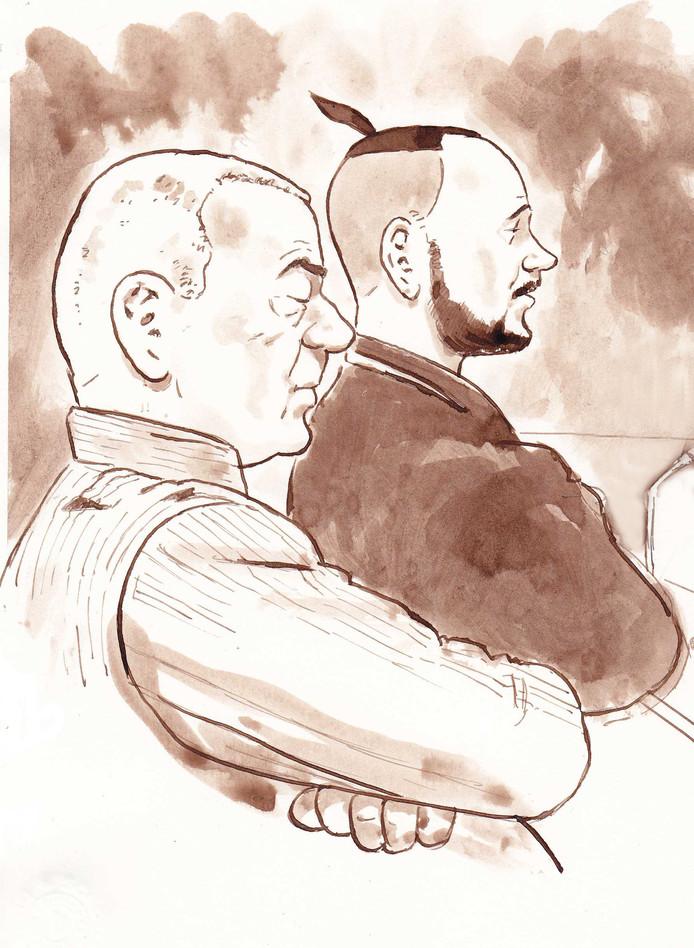 Henk E. en zijn zoon Marco tijdens één van de rechtszaken van het douaneproces.