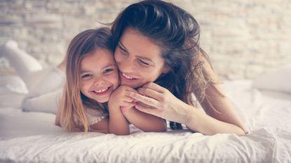 Internationale knuffeldag: pak elkaar eens goed vast, het is goed voor je gezondheid