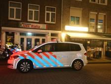 Bosschenaar (20) tijdens rechtszaak over overval op snackbar de Tourist en Coop-filiaal: 'Het was een beetje wijzen met mijn mes'