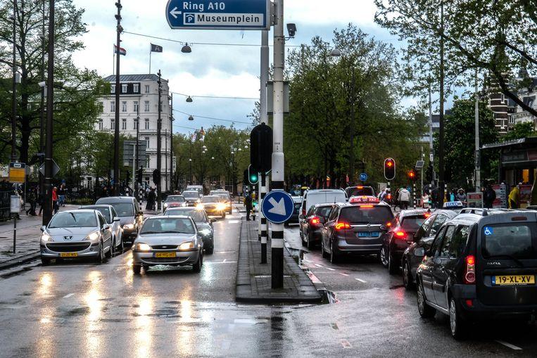 De Stadhouderskade was ook in 2018 een van de meest vervuilde straten van de stad.  Beeld Hollandse Hoogte / Joris van Gennip