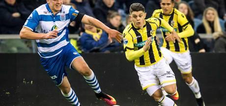 Beloften PEC Zwolle oefenen tegen WK-ploeg Zuid-Afrika