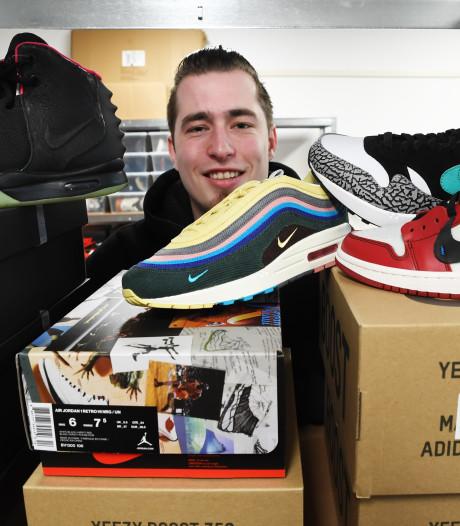 Kars de Boer (23) loopt binnen met sneakers van duizenden euro's