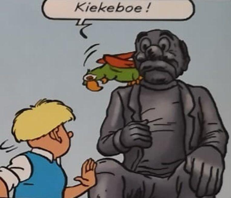 Jommeke verkent de stripbeelden op de Zeedijk in Middelkerke.