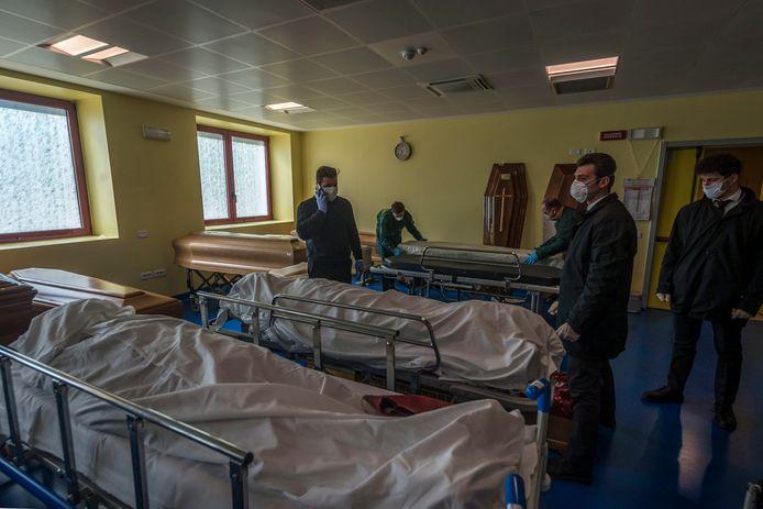 Les pompes funèbres de Bergame sont dépassées
