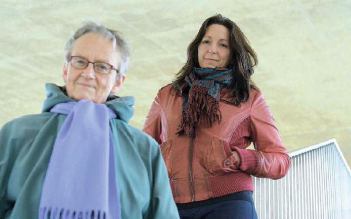 Frouke Arns volgt Marijke Hanegraaf op als stadsdichter van Nijmegen.