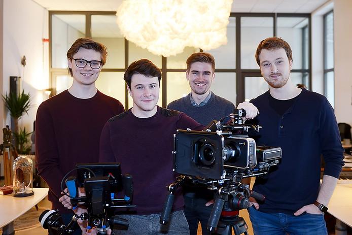 VEGHEL FILMMAKERS v.l.n.r. Niels Peetjens, Pepijn Tebrunsvelt, Koen Ploum en Mick Goozen in hun studio. Foto Jan Stads / Pix4Profs