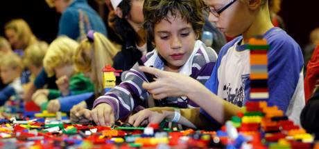 Nostalgisch gevoel overheerst na bekendmaking sluiting IJsselhallen: Lego World en koeiengeur bij sporttoernooien