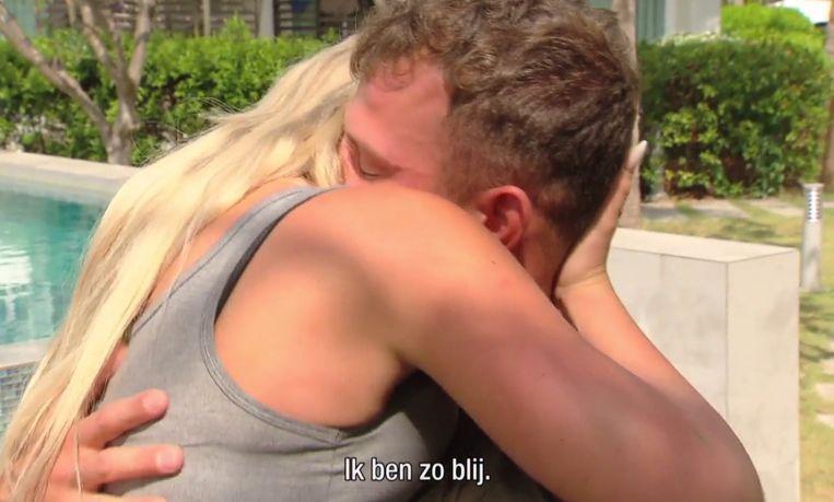 In de aflevering van vrijdag zagen we hoe Gianni en Melissa naar huis werden gestuurd. Dat betekent ook een emotionele hereniging.
