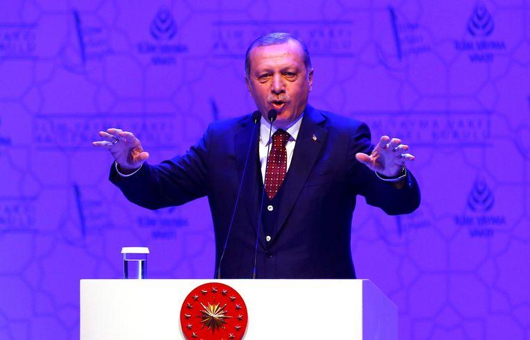 Erdogan tijdens zijn toespraak. Beeld reuters