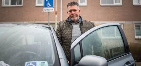 Dieven stelen Martins invalidenparkeerkaart: 'Dit moet werk van hele zielige mensen zijn'
