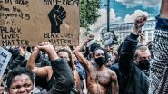 """Europese Commissie lanceert anti-racismeplan en top: """"Alle bestuursniveaus aanpakken om tij te keren"""""""