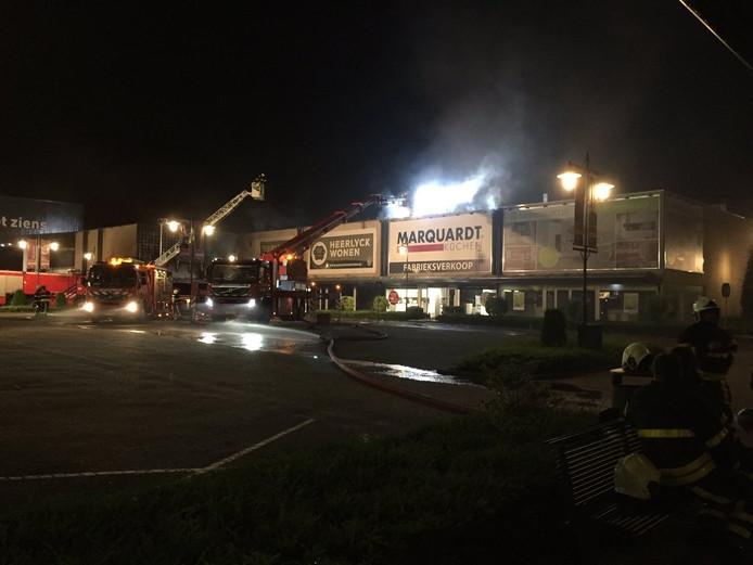 Brand op de Woonboulevard Breda XXL.