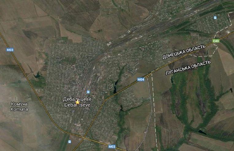 Het plaatsje Debaltseve, door de wegen en het grote spoorwegemplacement een strategisch doelwit van rebellen. Beeld Google maps