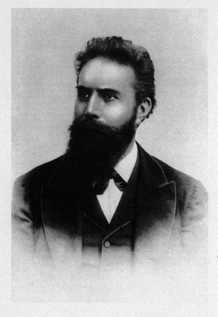 Wilhelm Röntgen, zoals afgebeeld in het manuscript van zijn ontdekking – in een tijd dat geleerden nog ernstig keken. Beeld
