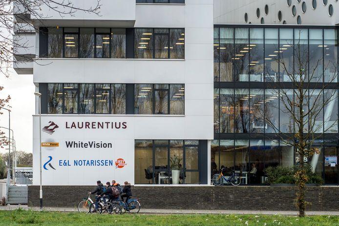 Ouddirecteur Walter Vermeulen zou zijn voormalige werkgever Laurentius in Breda mogelijk voor tientallen miljoenen hebben opgelicht.