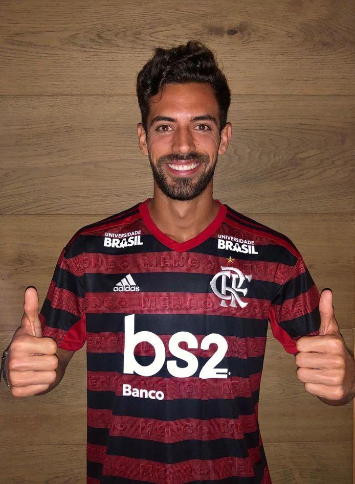 Pablo Marí in het shirt van zijn Braziliaanse werkgever.