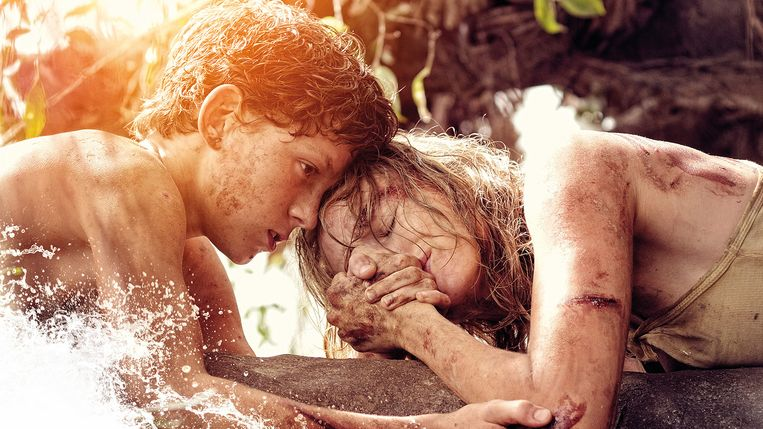 Tom Holland en Naomi Watts in The Impossible. Beeld