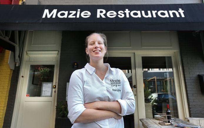 Chef-kok Renate Boezaard voor restaurant Mazie.
