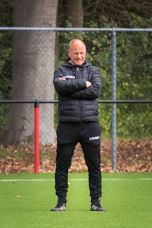 NEC-trainer Ron de Groot.